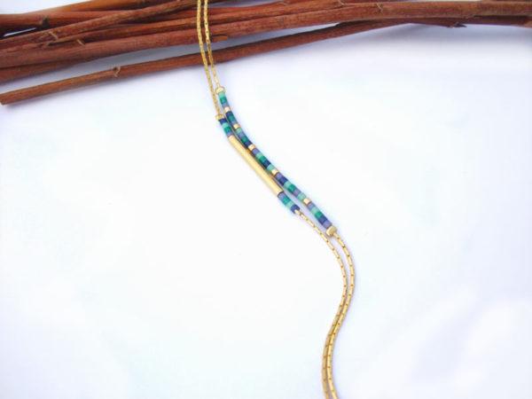 Bracelet doré à l'or fin perles Miyuki montées sur de fines chaines couleur bleu violet doré et vert