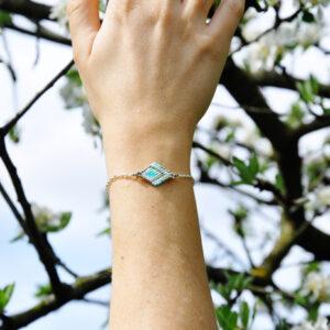 Bracelet tissé losange et chaine argenté couleurs turquoise argenté etvert clair
