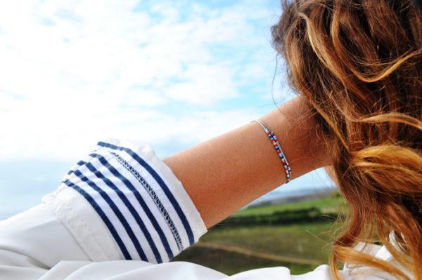 Bracelet fin style marin avec perles Miyuki montées sur deux fines chaines en argent