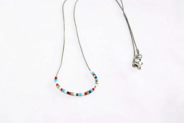 collier-fin-tonnerre de brest perles miyuki style marin montées sur fine chaine argenté