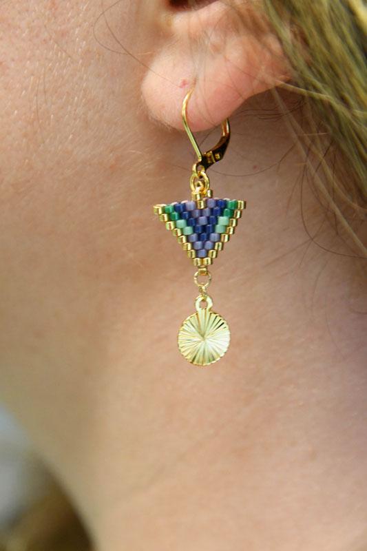 Boucles d'oreilles triangle et médaillon doré rond