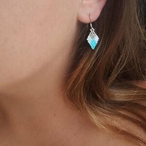 Boucles d'oreilles tissées avec des perles miyuki en forme de losange