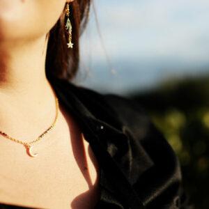 collier-lune-porté