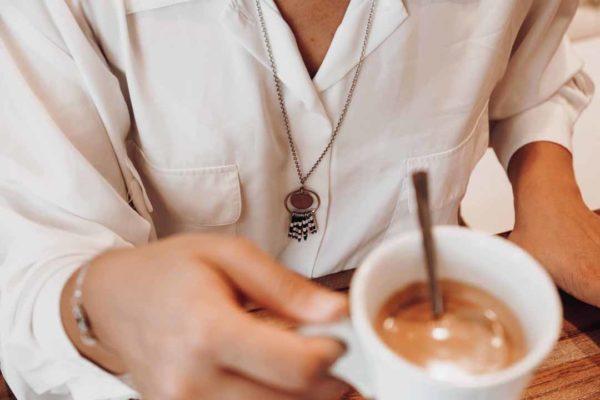 collier zèbre porté