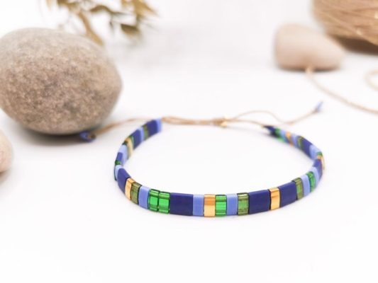 bracelet perles carré vert bleu